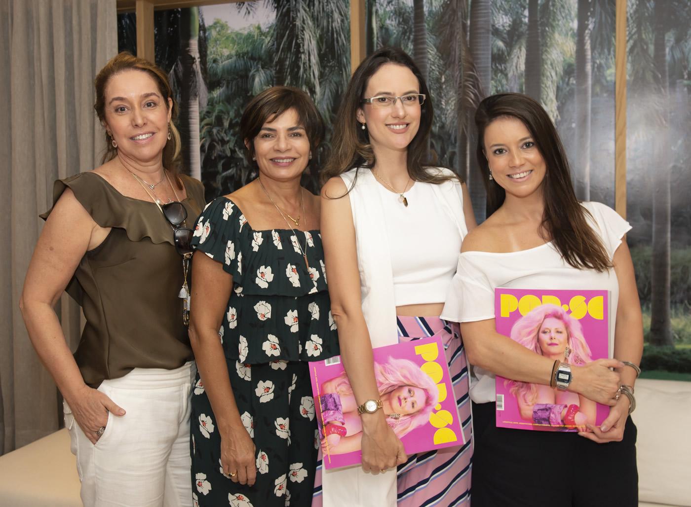 Anna Malta, Emmilia Cardoso, Camila Fleck e Chris Bernardes
