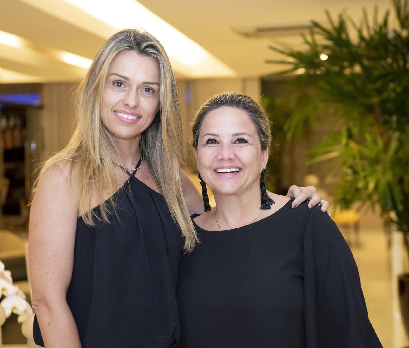 Liliani Barreto e Claudia Vanzillotta