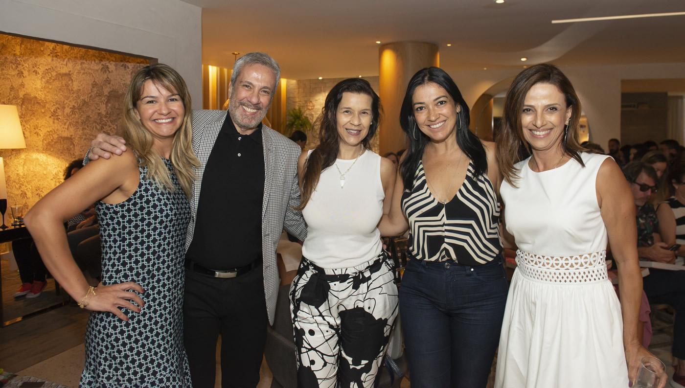 Patricia Netto, Rogerio Elias, Virna Carvalho, Cristina Cortes e Elaine Ramos